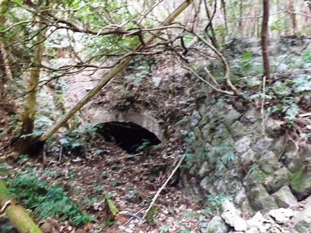 砲台跡 石垣